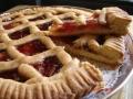 Crostata-alla-marmellata-di-fragole2-e-Gamberi-e-avocado-001